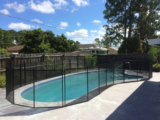 Baby Barrier Palm Bay Pool Guard Fence